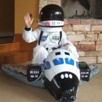 Halloween, costume, party and entertain Astronaut takeOff
