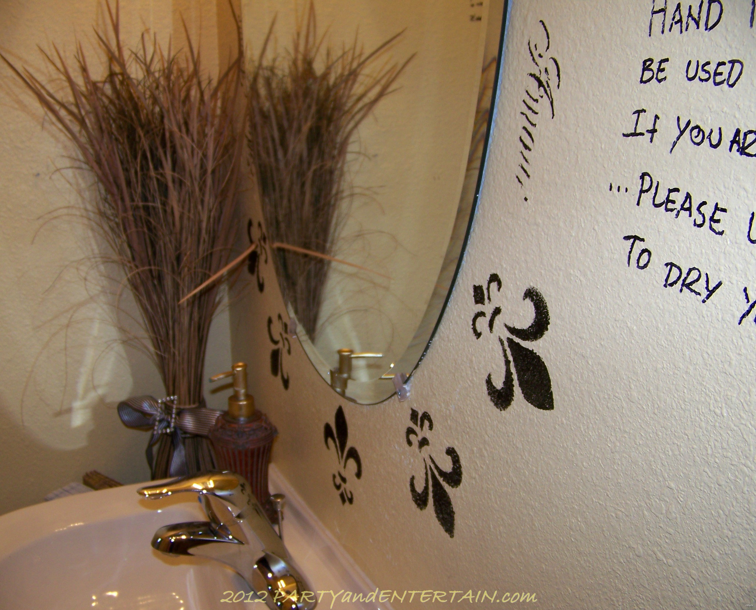 redo bath mirror decorate black marker
