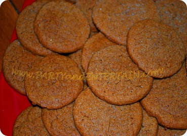 Cookie, gingersnaps, gingerbread man, Holiday cookies, holiday cookie  recipe, Thanksgiving, Christmas cookie, party, entertain 2